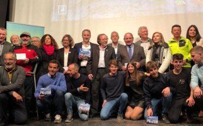 El Ayuntamiento de Cazorla recibe el premio institución por la Federación Andaluza de Montañismo