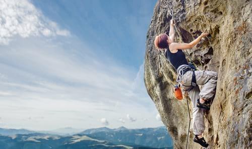 Cazorla desarrolla el proyecto de vías de escalada 'Cazorla Vertical' para seguir impulsando el turismo de aventura